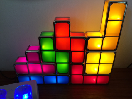 Hier leuchtet meine Tetris-Lampe.